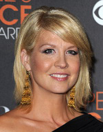 Celebrity Hairstyles - Jenna Elfman